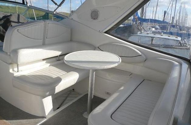 Jacht maxum 2700 kokpit